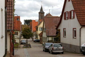 Beschauliches Perouse: Hauptstraße